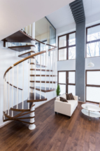 spiral-stairs-in-luxury-mansion-PQ8LTB5