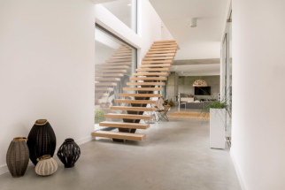 wooden-minimalistic-stairs-PCWE8BA